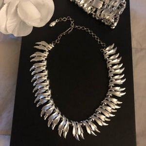 Jewelry - Silver Feather Necklace n Bracelet Set